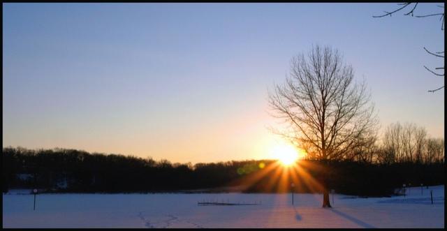 Sun_beaming